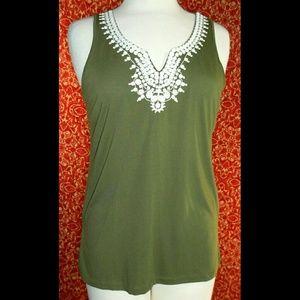Liz Claiborne Tops - LIZ CLAIBORNE green rayon sleeveless tank blouse S
