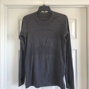 lululemon athletica Tops - Lululemon long sleeve t shirt
