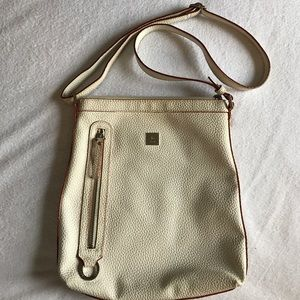 KEM white/cream crossbody handbag.