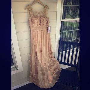 NWT gold chiffon gown, size 8