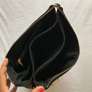 Humble Chic NY Bags - Humble Chic NY convertible handbag.