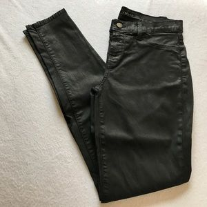 J Brand Pants - J Brand super skinny legging black jeans.