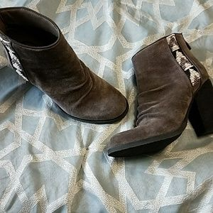 Sbicca Shoes - ADORABLE booties!