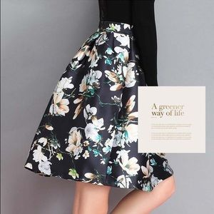 Gumuxi Dresses & Skirts - Retro Hepburn High Waist Floral A-line Skirt