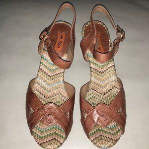 Miz Mooz Shoes - Miz Mooz Wilma Sandals in Whiskey