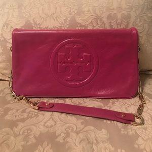 Tory Burch Handbags - Tory Burch Brand New Magenta clutch!