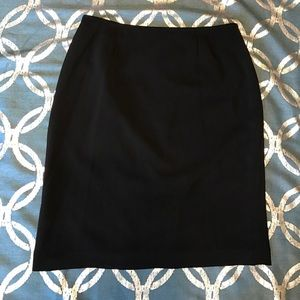 Le Suit Dresses & Skirts - Le Suit black skirt size 14 petite