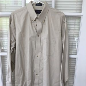 Roundtree & Yorke Other - ROUNDTREE AND YORKE DRESS SHIRT