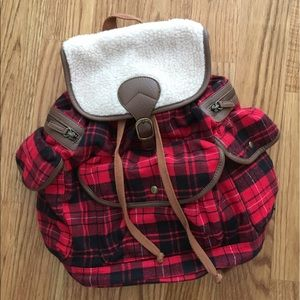 Plaid Backpack ✖️ Urban Outfitters