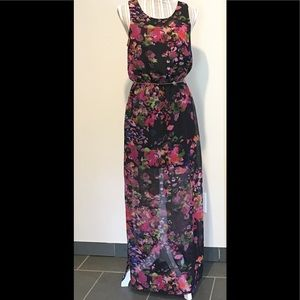W118 by Walter Baker Dresses & Skirts - W118 by Walter Baker Maxi Dress