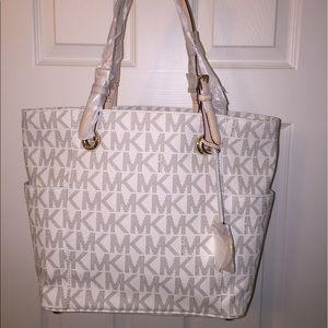 Michael Kors Handbags - Set of 2, Michael Kors Vanilla Jet Set Tote Wallet