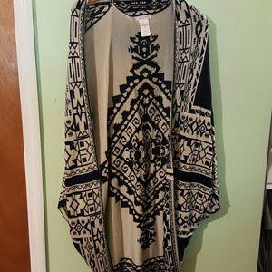 Reversible shawl