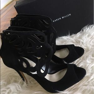 Karen Millen black caged zipper peep toe heel 7