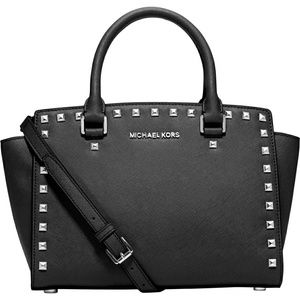 🛍HP👝Michael Kors Black Studded Selma Handbag Med