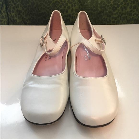 Nina Shoes | White Dress | Poshmark