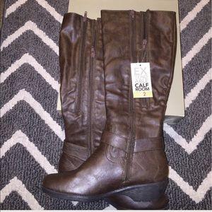 A2 By Aerosoles Shoes - 🆕 Brown Double Zipper Flex Fit Aerosole Boots.