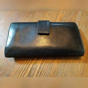 HOBO Handbags - Sweet, HOBO wallet, with houndstooth lining!!