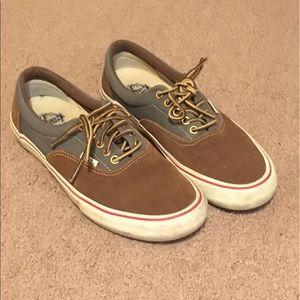 Vans Shoes - Vans/Anti Hero collar era pro shoe.