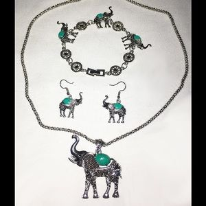 Jewelry - 🐘Elephant Fashion Jewelry FULL SET Silver NWT👌🏻