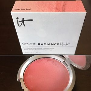 It Cosmetics Other - Ombré Blush Compact
