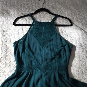 Kendall & Kylie Dresses & Skirts - NWT super cute green dress from PacSun!