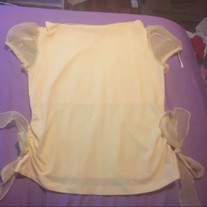 Amy Byer Other - Pale Yellow Girl's Top.  Girl's Size XL