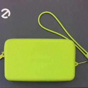 Havaianas Handbags - Havaianas silicon  zippered pouch