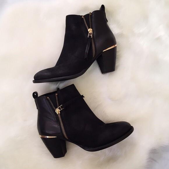 23 steve madden shoes steve madden black gold