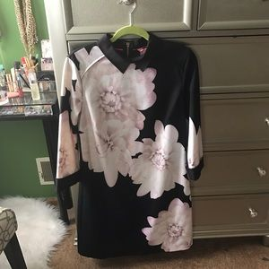Ted Baker Dresses - Ted Baker Kida Monochrome Floral Shift Dress