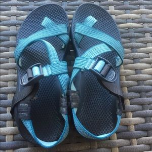Chacos Shoes - Chacos *Vibram sole *Worn Once
