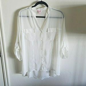 Candie's Tops - NWOT Candie's cream blouse size large
