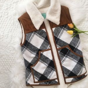 ModCloth Jackets & Blazers - NWOT Judith March Plaid Fleece Vest
