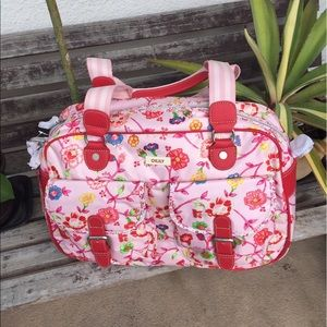 Oilily Handbags - NWT Oilily bag perfect for laptop 🌸🌺