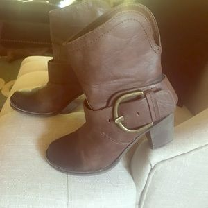 Brown Shorty Boots w/ Black Toe
