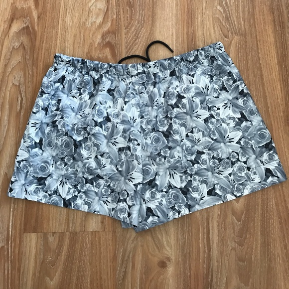 42 off nike pants all over floral print casual nike