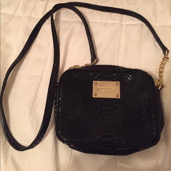 e73a5a05d Michael Kors Bags | Jet Set Mini Crossbody | Poshmark