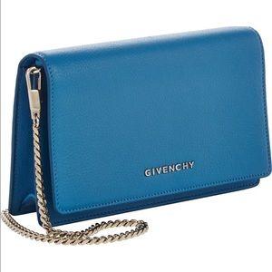 Givenchy Handbags - Givenchy Pandora WOC