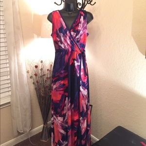 Glamour & Co. Dresses & Skirts - Floral Maxi