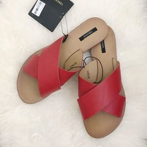 Crisscross Sandal Slides - Red