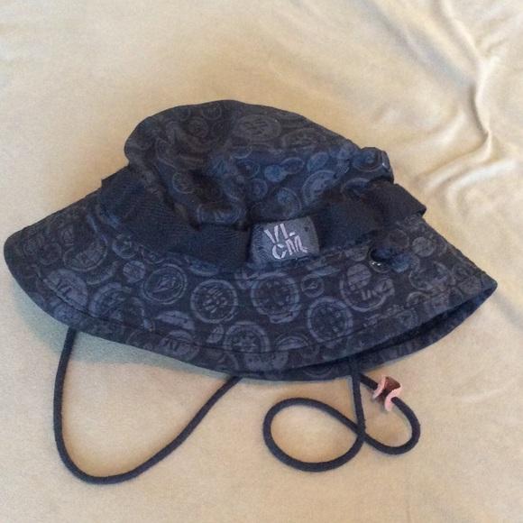 1991d96a380 ... promo code volcom bucket hat nwot. m5920f0595c12f865e301edbc 2e7a5 758d5