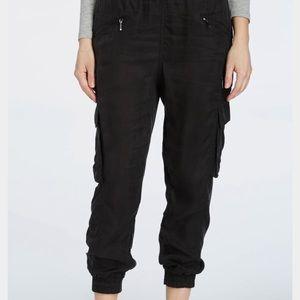 Blank NYC Pants - BlankNYC Cargó Jogger Pants