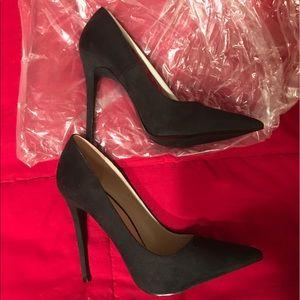 Shoes - Black heels **NEVER WORN**