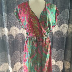 Presley Skye Dresses & Skirts - Silk Faux Wrap Dress Snakeskin Print Vneck Large