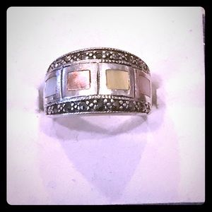 Abalone inset marcasite silver ring