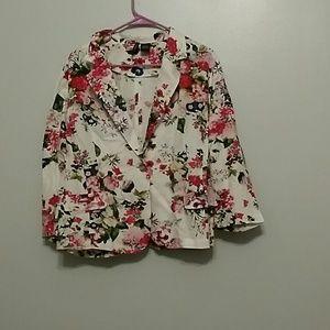 new directions Jackets & Blazers - Gorgeous Petite XL Linen Floral Blazer.
