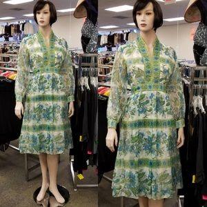 Avalon Dresses & Skirts - ‼️NOW‼️ Unique Vintage Dress