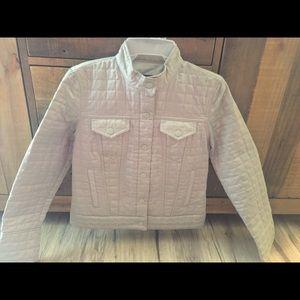 ➡️ Stylish GAP silver jacket!
