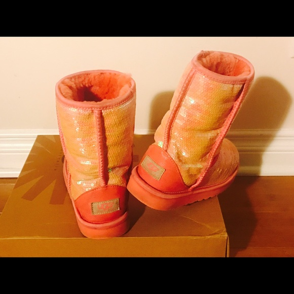 24491bdc534d Red Sparkle Uggs Size 5