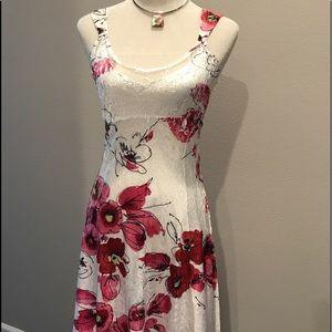 Komarov Dresses & Skirts - KOMAROV Charmeuse and Lace Insert Dress