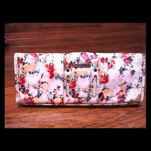 Rebecca Minkoff Handbags - New REBECCA MINKOFF Floral 'Endless Love' Clutch!